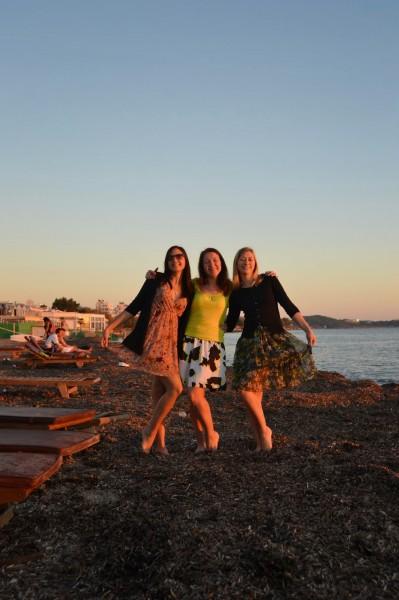 Atpūta Atēnu pludmalē