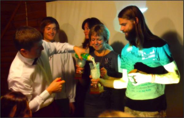 Kefīra kausa pildīšanas ceremonija 2014
