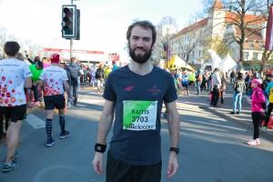 Pirms starta nav iespējams izmukt no skrienošā fotogrāfa - Mareks Gaļinovskis!