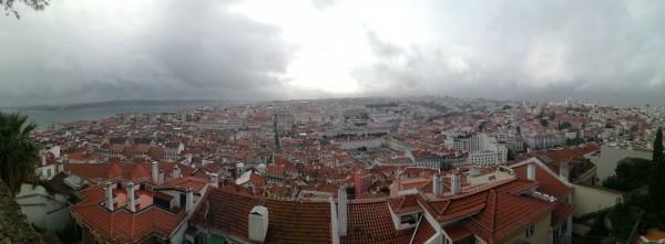 Lisabona no augstākā no pauguriem.